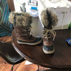 Sorel Boots- worn less then 10 times